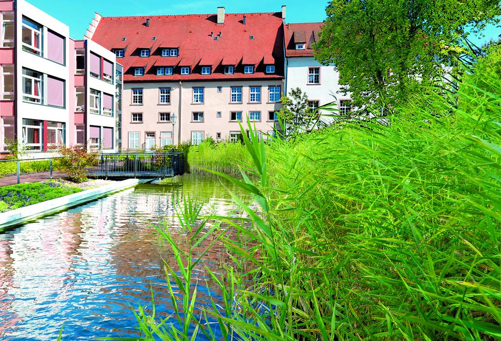 Fürstliches Altenpflegeheim Schloß